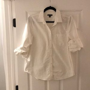 J.Crew 100% cotton white button up. Size medium